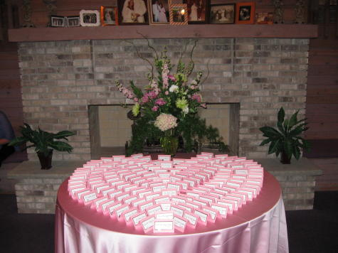 Card Table in Waukegan IL, Larsen Florist