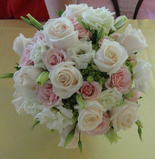 Lisianthus and Rose Clutch in Waukegan IL, Larsen Florist