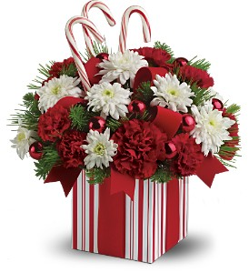 Teleflora's Christmas Present Bouquet in Park Ridge IL, High Style Flowers