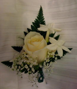 BOUTONNIERE in Bellmore NY, Petite Florist