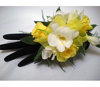 Lemon Ice Wrist Corsage in Detroit and St. Clair Shores MI, Conner Park Florist