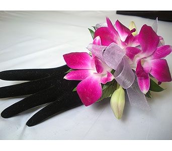 Corsages in Detroit and St. Clair Shores MI, Conner Park Florist