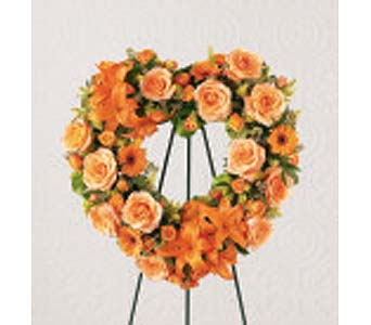The FTD� Hearts Eternal� Wreath in Des Moines IA, Doherty's Flowers