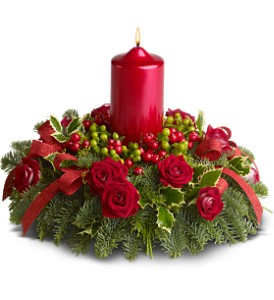 Berry Bright Centerpiece - Deluxe in Aurora ON, Caruso & Company