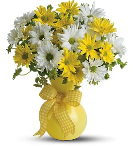 Teleflora's Upsy Daisy in Meadville PA, Cobblestone Cottage and Gardens LLC
