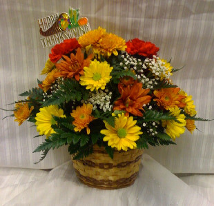 AUTUMN CENTERPIECE in Bellmore NY, Petite Florist