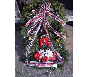 CHRISTMAS GRAVE BLANKET in Medford NY, Sweet Pea Florist