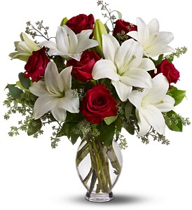 Teleflora's Baby Be Mine in Pleasanton CA, Bloomies On Main LLC