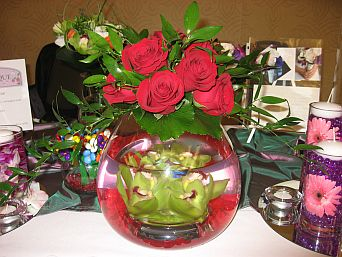 Rose Bowl Centerpiece in Guelph ON, Patti's Flower Boutique