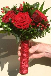 Red Roses in Guelph ON, Patti's Flower Boutique