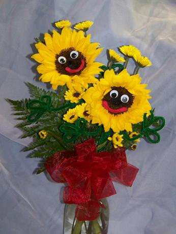 Sunflower Smiles in Crown Point IN, Debbie's Designs