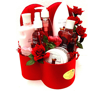 GB302 ''Strawberry Daquiri'' Bath & Body Set in Oklahoma City OK, Array of Flowers & Gifts