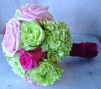 Vibrant in Massapequa Park NY, Bayview Florist & Montage  1-800-800-7304