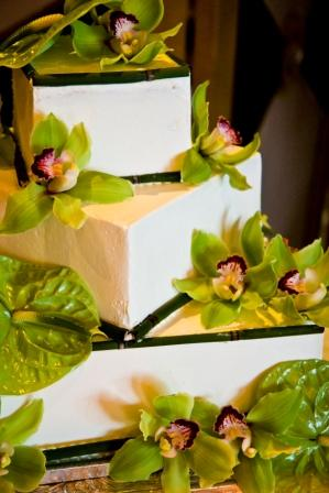 Tropical Wedding Cake in Henderson NV, A Country Rose Florist, LLC