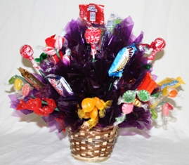 Candy Bouquet Basket in Lebanon OH, Aretz Designs Uniquely Yours