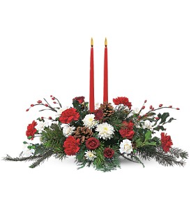 Holiday Delight Centerpiece in Broomall PA, Leary's Florist