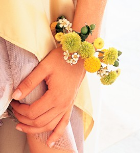 June Gardens Bracelet in Etobicoke ON, Alana's Flowers & Gifts