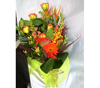 LA VITA CUT BOUQUET in Victoria BC, Fine Floral Designs