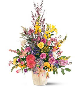 Spring Hope Arrangement in Bend OR, All Occasion Flowers & Gifts