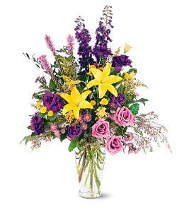 Loving Beauty Bouquet in Mesa AZ, Razzle Dazzle Flowers & Gifts