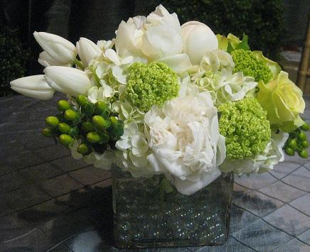 Go Green, Go White Bouquet in Washington DC, Greenworks