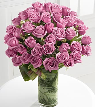 Sensational Luxury Rose Bouquet in Chicago IL, Yera's Lake View Florist