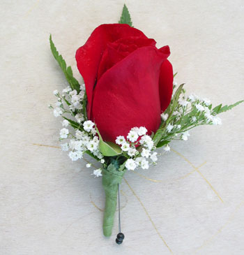 Single Rose Boutonniere (Metro-Detroit Only) in Southfield MI, Thrifty Florist