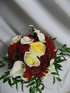 Red and White Bouquet in Guelph ON, Patti's Flower Boutique