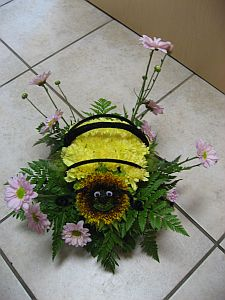 Bee Happy Arrangement in Guelph ON, Patti's Flower Boutique