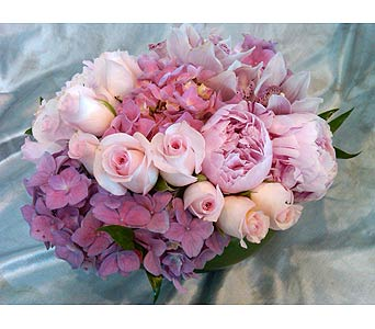 GRACEFUL PINKS in Santa Monica CA, Santa Monica Florist