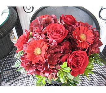 January GARNET Birthstone Bouquet in Massapequa Park NY, Bayview Florist & Montage  1-800-800-7304