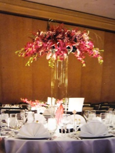 Wedding centerpieces delivery philadelphia pa petal pusher wedding centerpiece 7 in philadelphia pa petal pusher florist decorators junglespirit Image collections