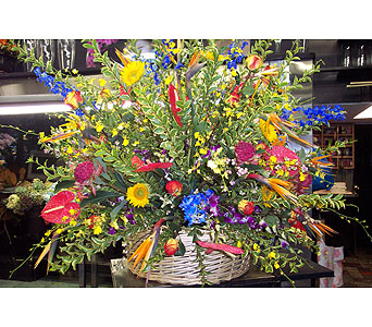 THE OVER THE TOP EXTREME DELIGHT in New York NY, Fellan Florists Floral Galleria
