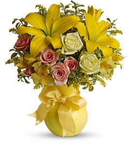 Teleflora's Sunny Smiles in Hollister CA, Barone's Westlakes Balloons and Gifts