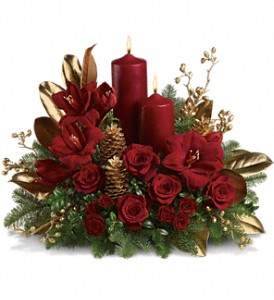 Candlelit Christmas in Spring TX, A Yellow Rose Floral Boutique