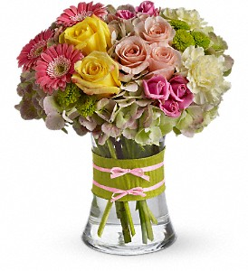 Fashionista Blooms in Norwich NY, Pires Flower Basket, Inc.