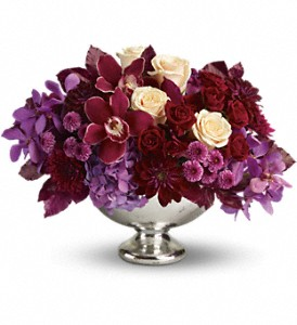 Teleflora's Lush and Lovely in Hilton NY, Justice Flower Shop