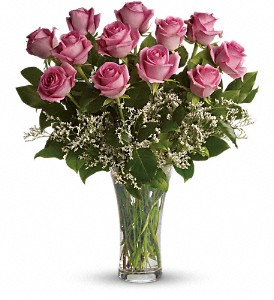 Make Me Blush - Dozen Long Stemmed Pink Roses in Thorold ON, A Yellow Flower Basket