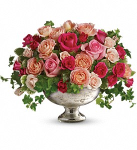 Queen's Court by Teleflora in Austintown OH, Crystal Vase Florist