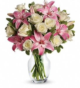 Always a Lady in Austintown OH, Crystal Vase Florist