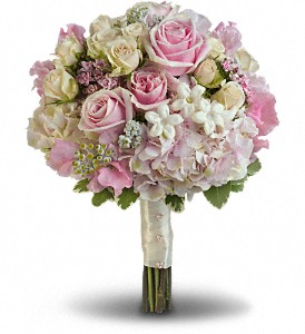 Pink Rose Splendor Bouquet in Olean NY, Mandy's Flowers