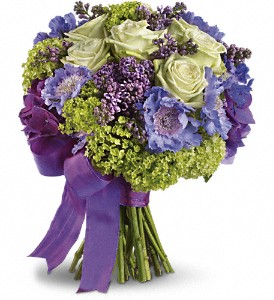 Martha's Vineyard Bouquet in Thornhill ON, Wisteria Floral Design