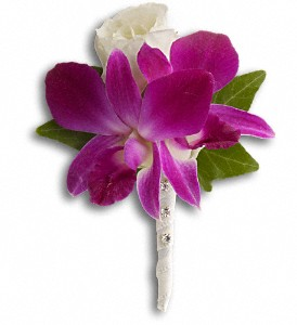 Fresh in Fuchsia Boutonniere in Des Moines IA, Doherty's Flowers