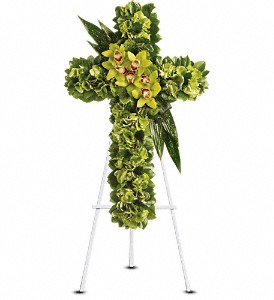 Heaven's Comfort in Fairfield CT, Town and Country Florist