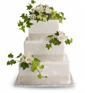 Roses and Ivy Cake Decoration in Fremont CA, Kathy's Floral Design