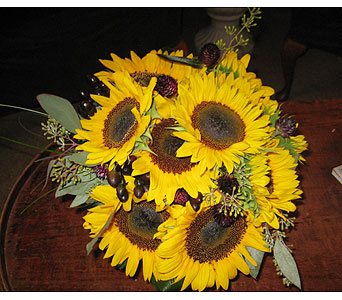 Sunny Days in Massapequa Park NY, Bayview Florist & Montage  1-800-800-7304