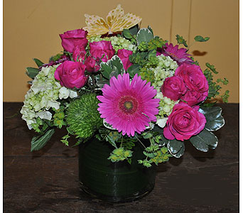 Tenderness in Massapequa Park NY, Bayview Florist & Montage  1-800-800-7304