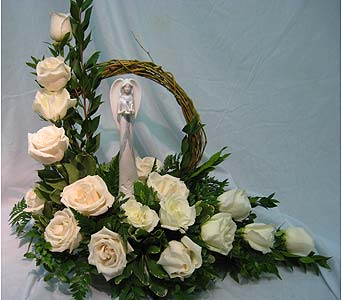 ANGEL WITH GRAPEVINE HALO ARRANGMENT in New Paltz NY, The Colonial Flower Shop