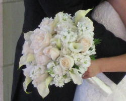Bridal Whites in Waukegan IL, Larsen Florist