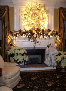 Glowing Heath Mantel in Kennett Square PA, Barber's Florist Of Kennett Square